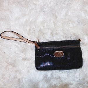 New Michael Kors wristlet/ purse!!